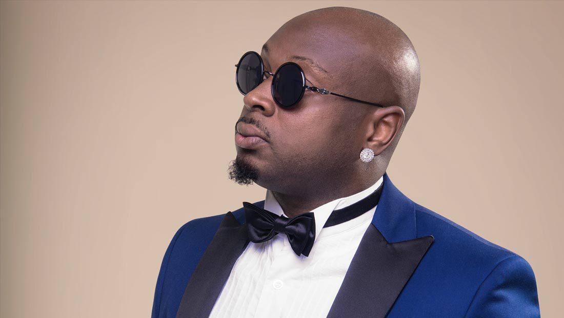 Foto do cantor nigeriano Lumi