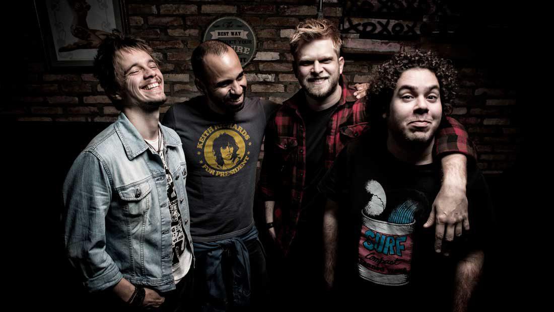 Foto da banda de pop rock paulista Holofotes